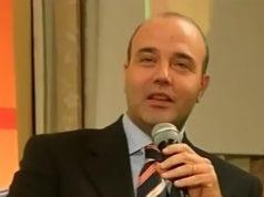 Andrea Moneti, nato ad Arezzoè un ingegnere gestionale. Appassionato di storia e in particolare di storia medievale.